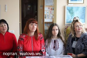 Майстер-клас з виготовлення народної ляльки-мотанки. Новини Сватівської Райдержадміністрації